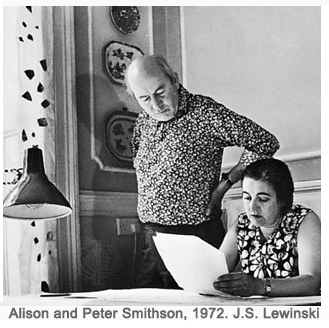 Alison and Peter Smithson, 1972. J.S. LewinskiAlison and Peter Smithson, 1972. J.S. LewinskiAlison and Peter Smithson, 1972. J.S. Lewinski