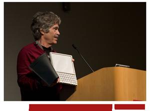 Alan Kay presentando su Tablet