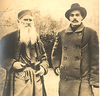 Tolstoi junto a Gorki