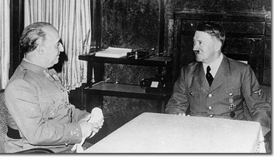 Franco y Hitler antes de comenzar la reunión