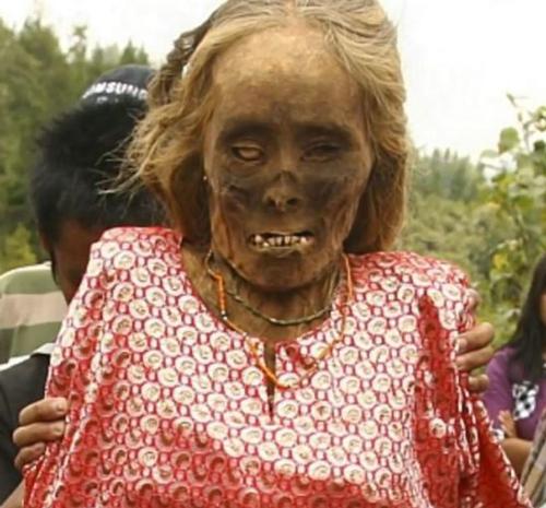 muertos Toraja tribu