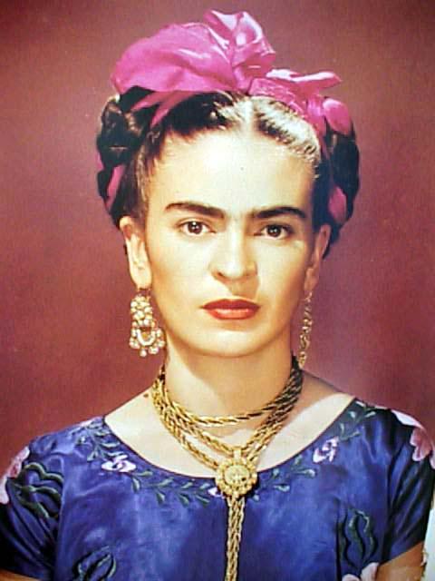 14 curiosidades sobre la vida de frida kahlo actually notes magazine. Black Bedroom Furniture Sets. Home Design Ideas