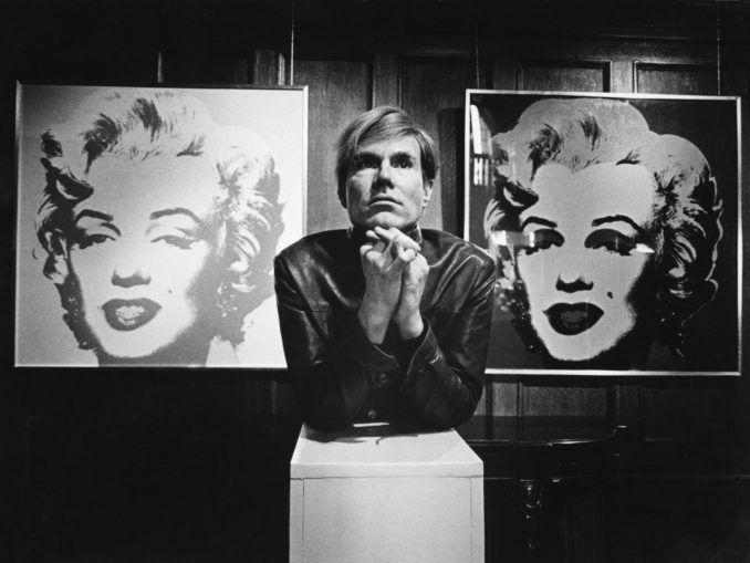 Andy Warhol y su famoso cuadrod veinte marilyns