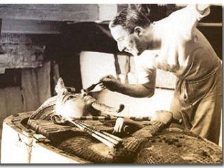 Descubriendo a Tutankamon