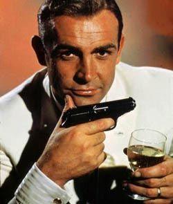 sean connery es James-Bond