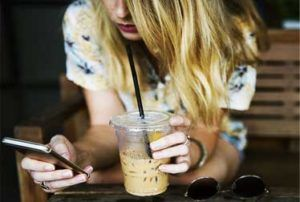 ¿Eres adicto a las redes sociales? Estos son los síntomas
