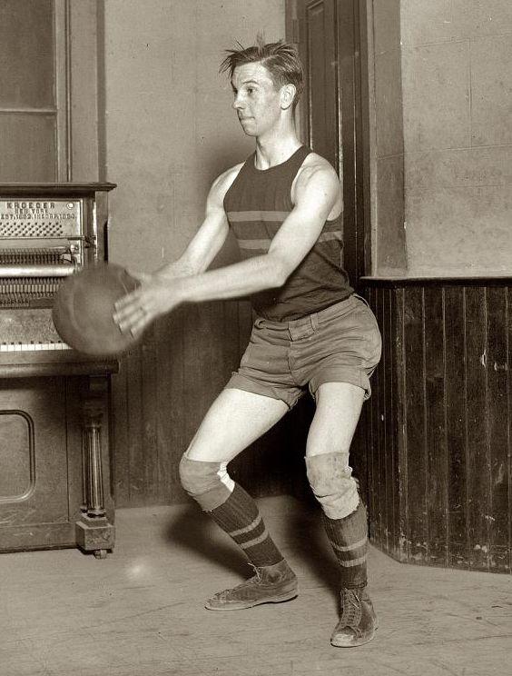 "1921. Washington, D.C. ""Clarence Eskew, en la George Washington University."""