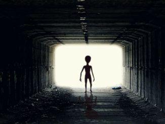 Los primeros contactos con extraterrestres