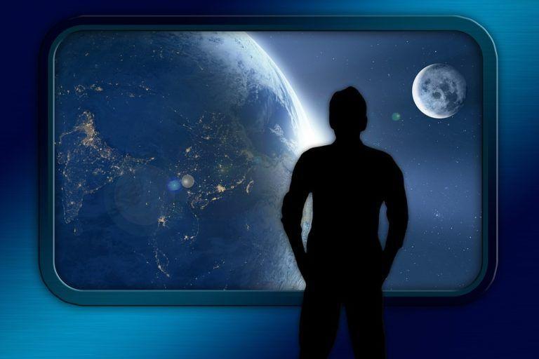 El hombre y sus ansias por viajar por e espacio