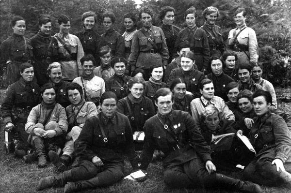 Escuadron Brujas de la noche en 1942