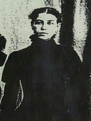 Dora Paskel es Olivia