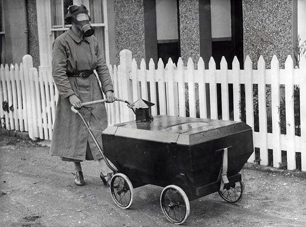 Inglaterra, 1938. Protección contra el gas de las bombas