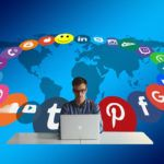 10 razones por las que necesitas contratar un CM para la interacción en tus redes sociales