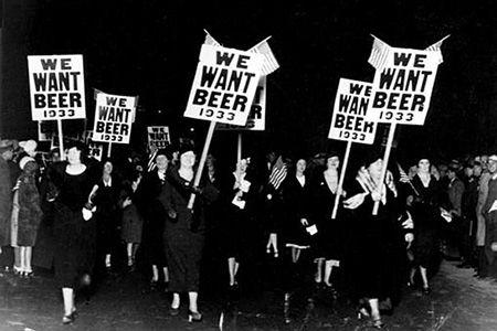 Ley Seca: cuando el gobierno estadounidense envenenaba el alcohol